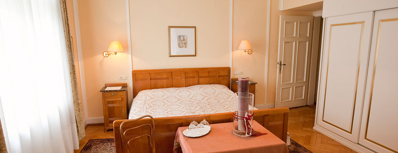 Spacious and bright room at the Hotel Westend in Merano
