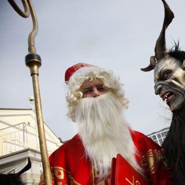 Weihnachtsabend mit Festmenü in Meran